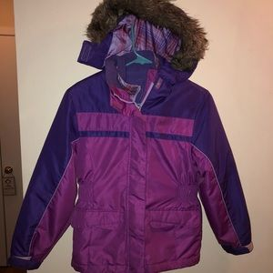 Girls 7/8 fully lined Cherokee hooded puffed coat